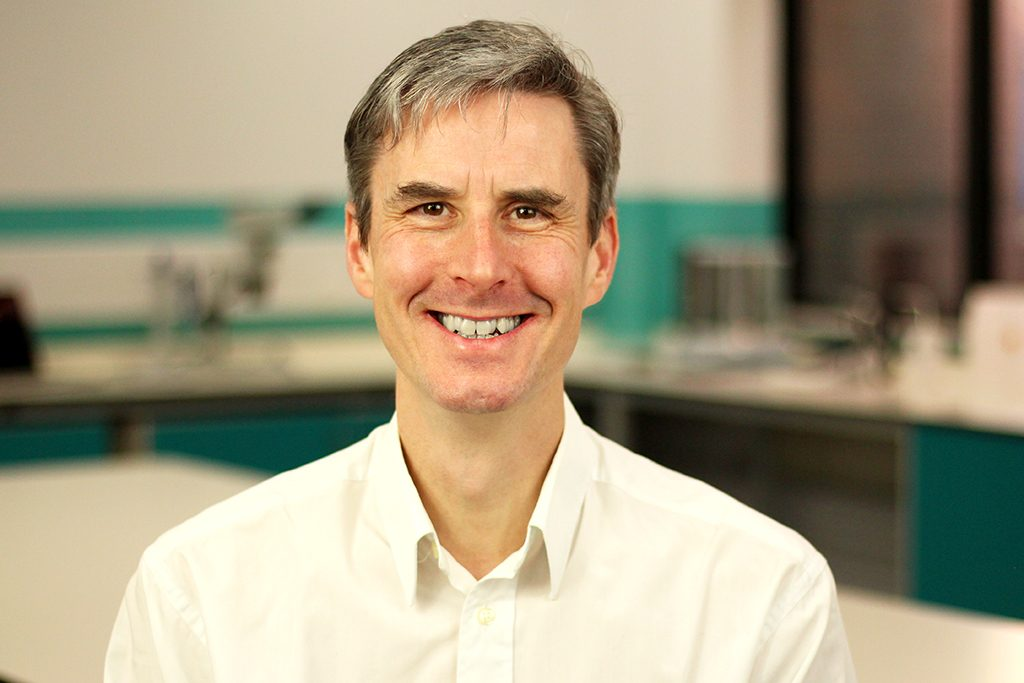 Dr Peter Hull